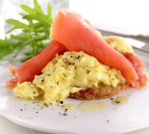 Scottish breakfast: Oatcakes, smoked salmon and scrambled egg