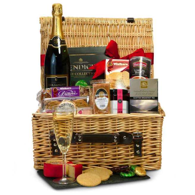 Birthday hamper with Scottish food and drink